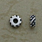 Diagonal and Granulated Design Beads