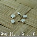 Square diagonal hole