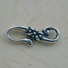 S clasp with flower design